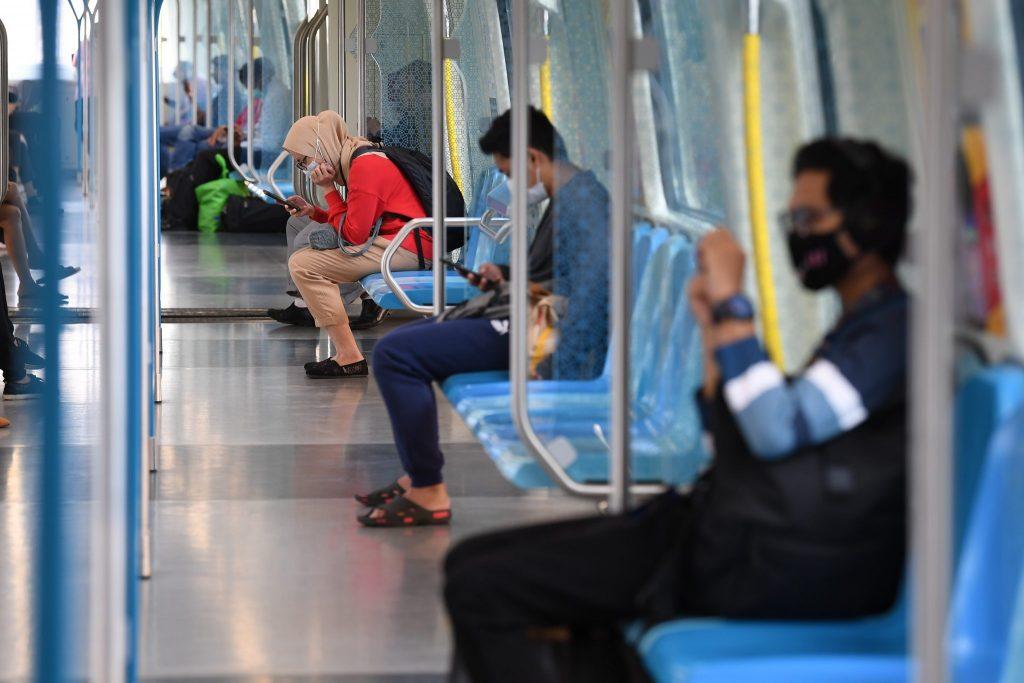 Malaysians on Malaysia Q4 2020:  Consumer Confidence Cautious But Optimistic